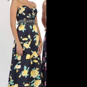 Dresses & Skirts - Navy floral prom dress